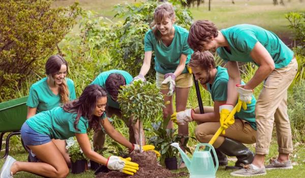 helping-communities-thrive